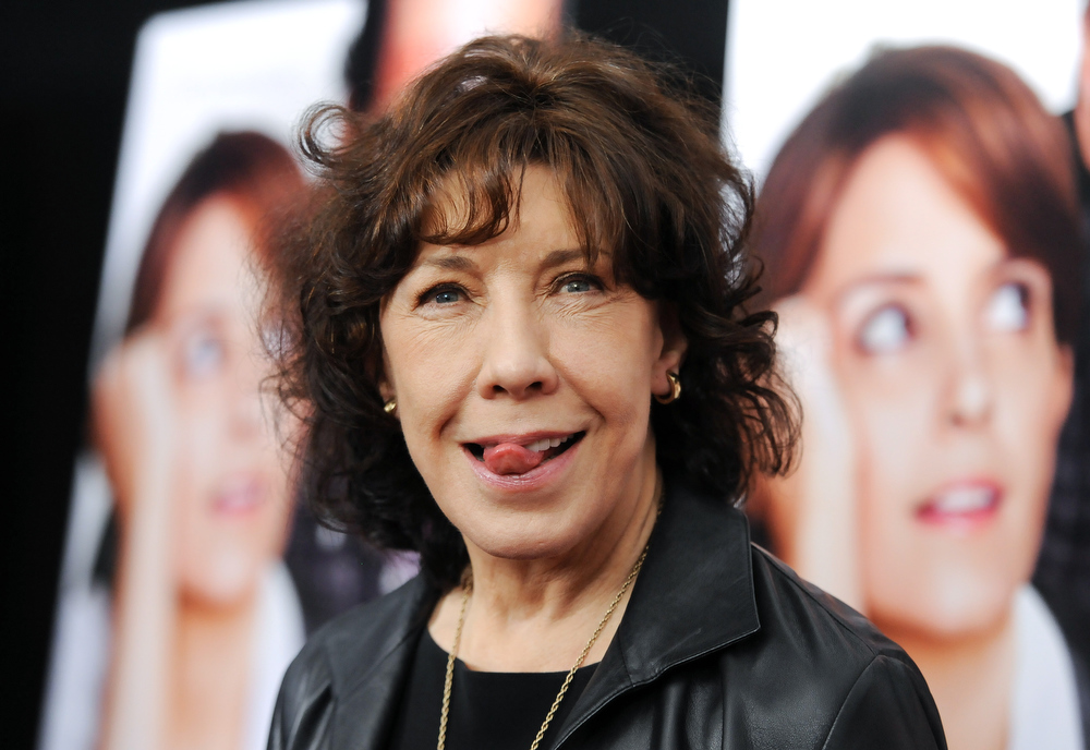 """. Actress Lily Tomlin attends the premiere of \""""Admission\"""" at AMC Loews Lincoln Square on Tuesday March 5, 2013 in New York. (Photo by Evan Agostini/Invision/AP)"""