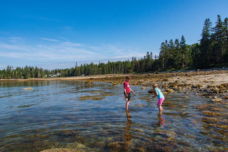 Grace-elijah-Cottage-beach-Maine.jpg