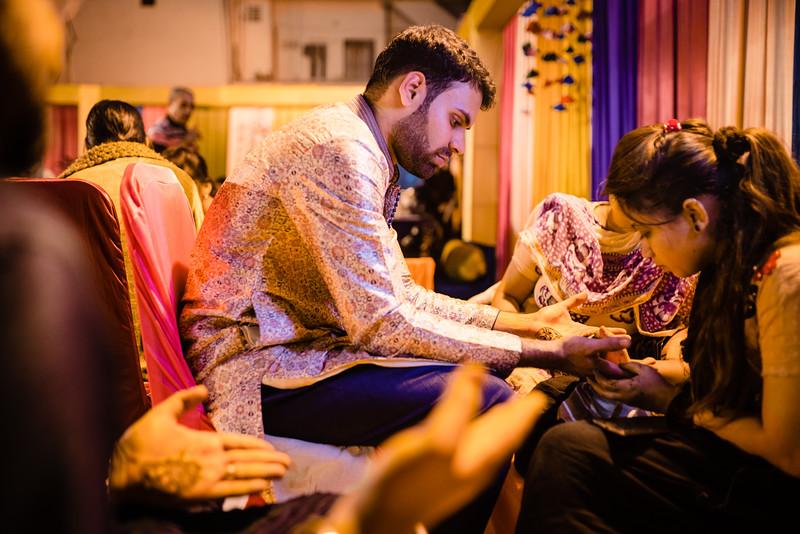 Candid Wedding Photographer Ahmedabad-1-3.jpg