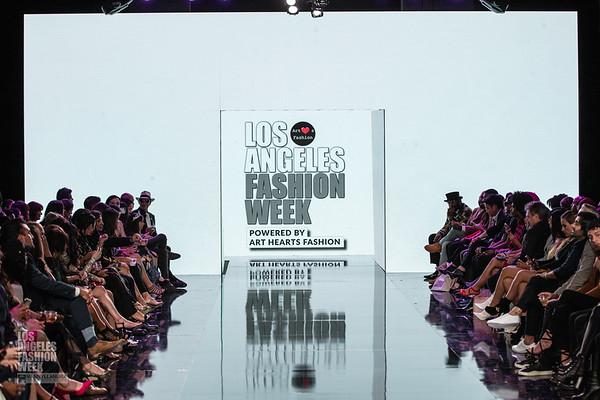 LA Fashion Week Art Hearts SS20