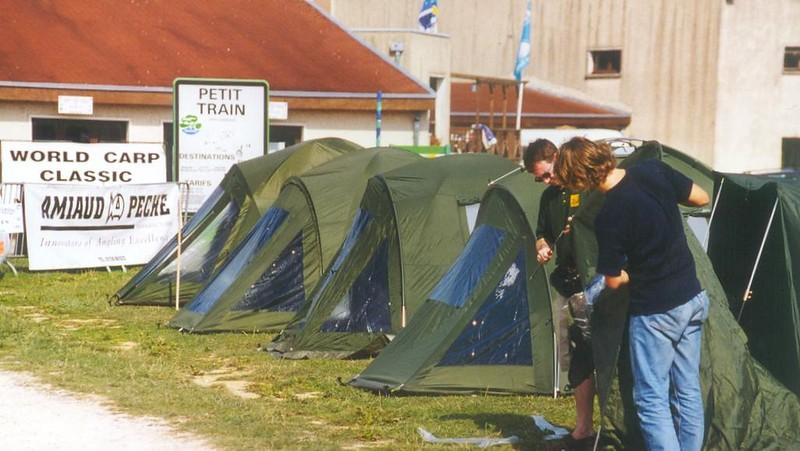 WCC99-Pic 43 - camping+sponsor
