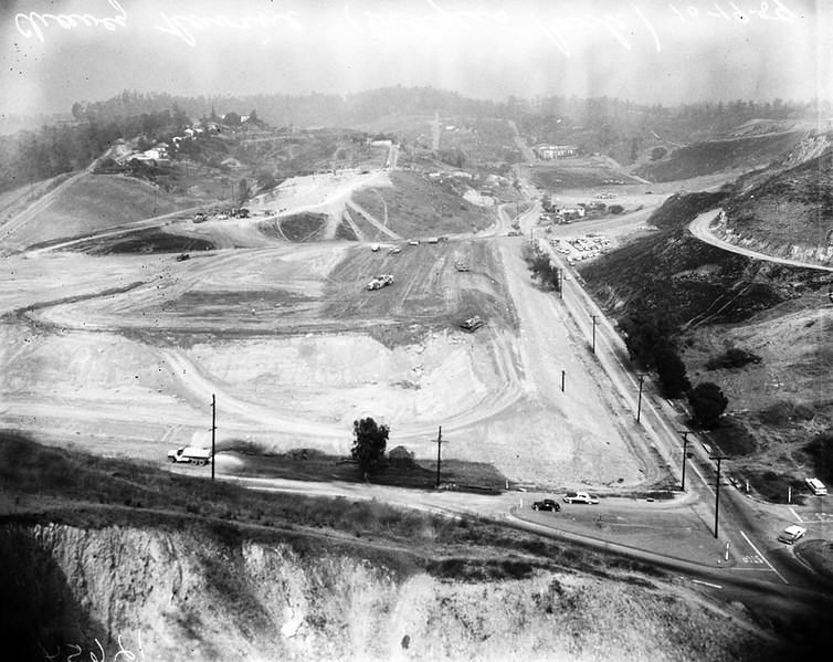 1959, Stadium Construction