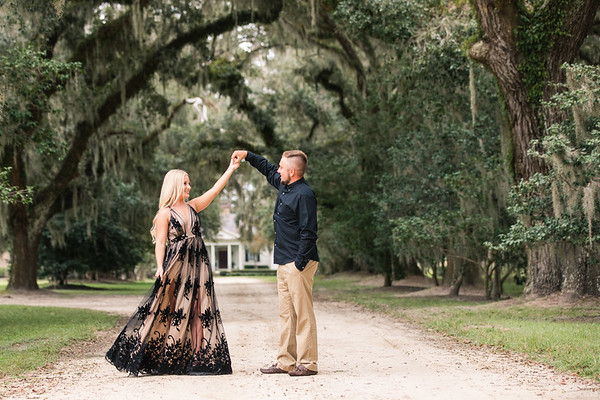 Austin + Payton | Mansfield Plantation Engagement Session