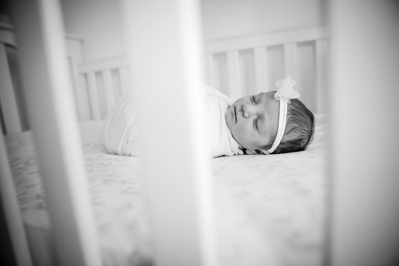 bw_newport_babies_photography_hoboken_at_home_newborn_shoot-5171.jpg