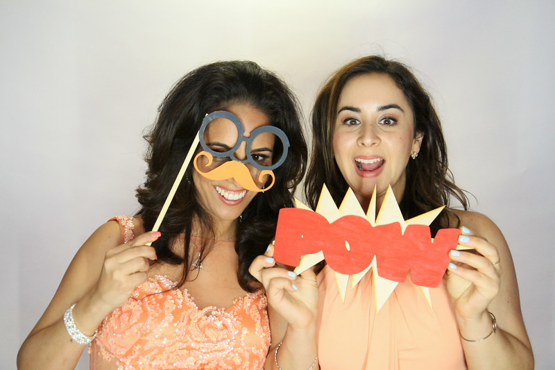 Danny and Sonia Photobooth Originals-270.jpg