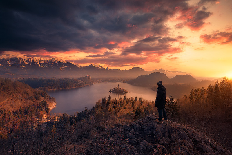 Bled_sunrise 1600.jpg