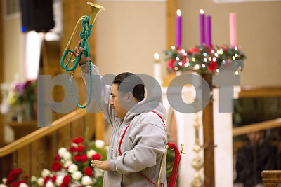our-lady-of-guadalupe-celebrated-with-music-dance-on-catholic-feast-day