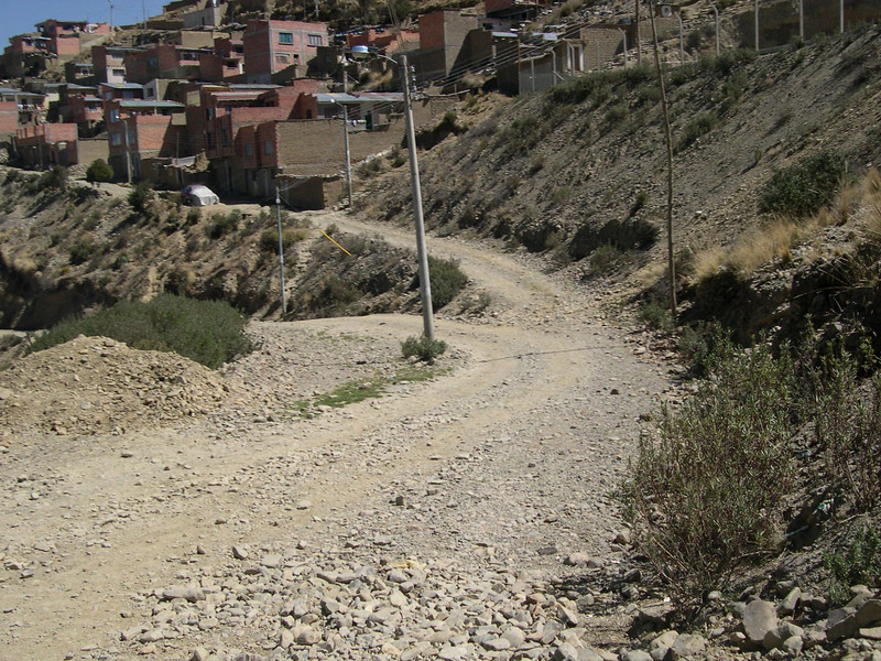 On the way back down into La Paz.