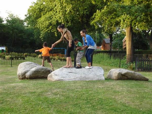 natural-boulders-play-spaces-2b.jpg