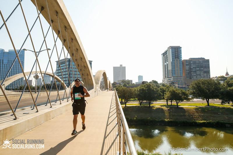 Fort Worth-Social Running_917-0428.jpg