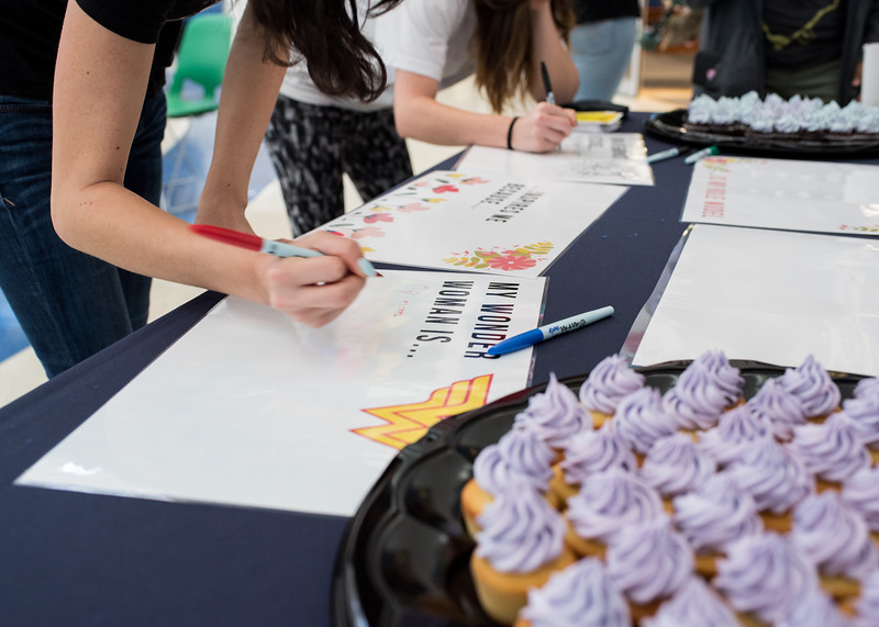 In honor of Women's History Month, the Islander Cultural Alliance invited students to the University Center Rotunda for a cupcake informational and a photo session.