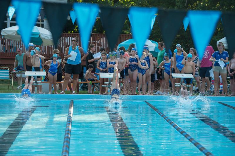 lcs_swimming_kevkramerphoto-052.jpg