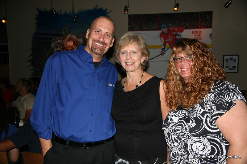 2011 08-12 Bike Adventure Dinner Celebration in Washington, DC. From left: Geico's Joe Dixon, Linda Fuller, Jeanine Dixon. (Scott Umstattd photo)