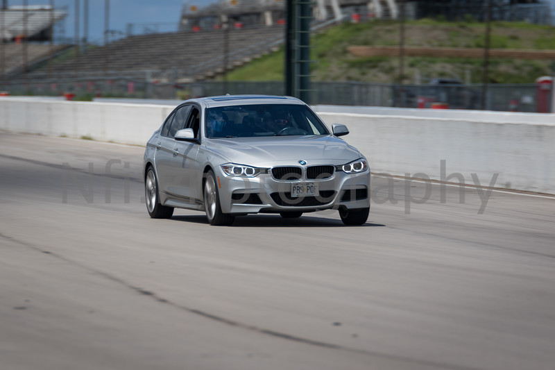 Flat Out Group 3-172.jpg
