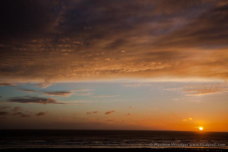 Woodget-140607-232--cloud formation, coast, coastal, coastline, green, mawgan porth, ocean - water, sunset - TIME OF DAY.jpg