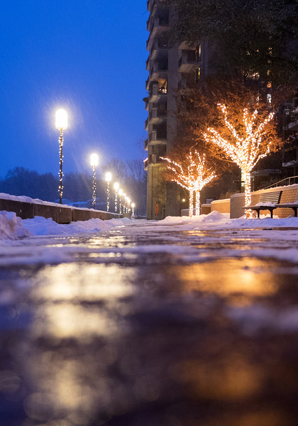Snowy night at Lake Anne Plaza
