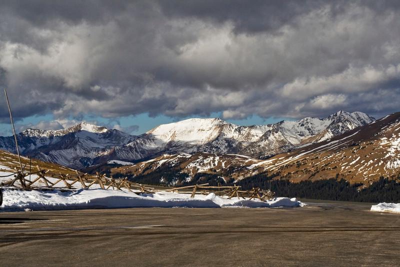 Alpine Ranger Station Parking Lot 2.jpg