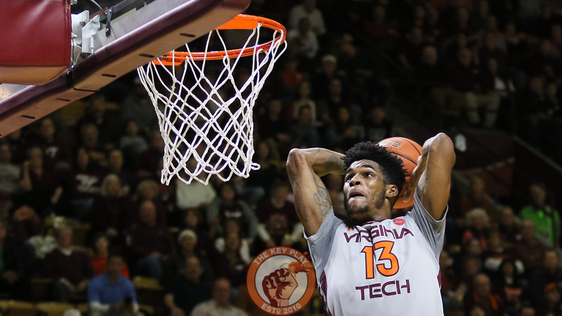 Ahmed Hill goes up for an uncontested dunk. (Mark Umansky/TheKeyPlay.com)