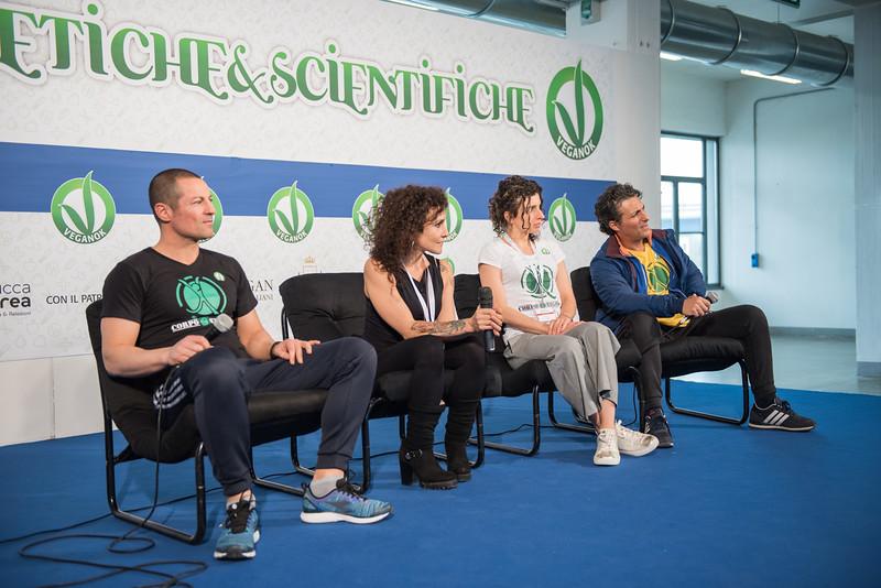 lucca-veganfest-conferenze-e-piazzetta_028.jpg