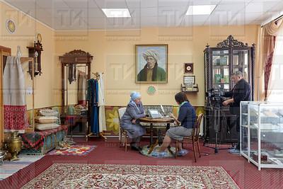21.09.2019  - Интервью с директором татарской гимназии №2  (фото Салават Камалетдинов)