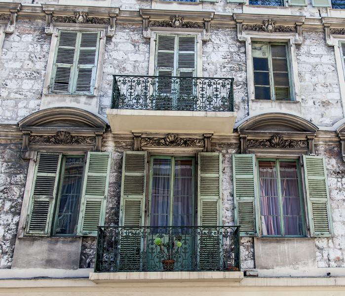 Nice-facade