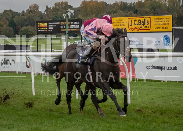 Race 8 - Ishkhara Lady