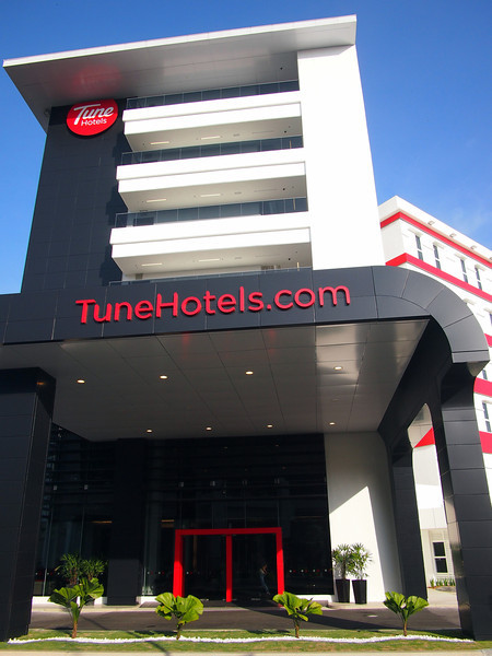 P5319136-tune-hotels.JPG
