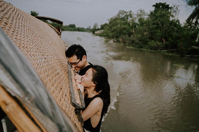 Tu Nguyen Wedding Mekong River Elopement Can Tho  - Southern Vietnam 28.jpg