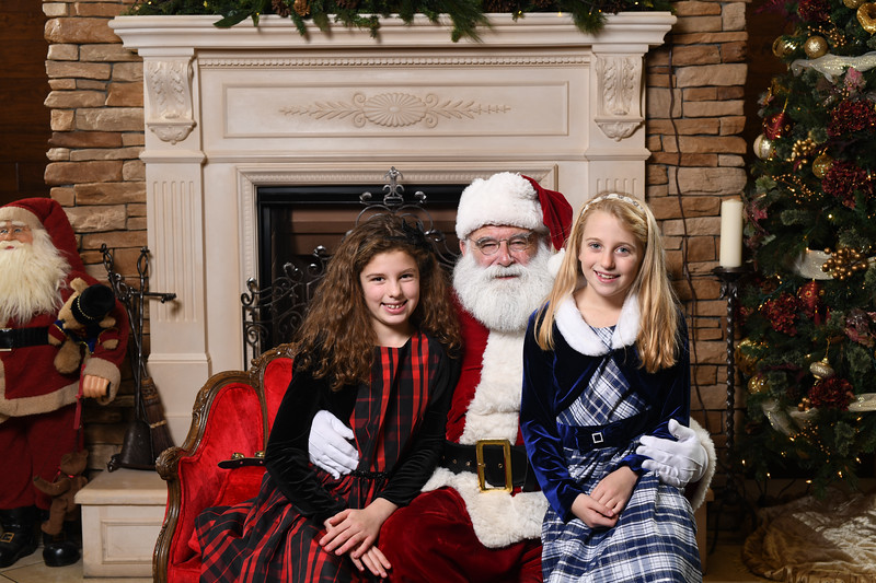 Santa2018.TylerBoye.-110.jpg