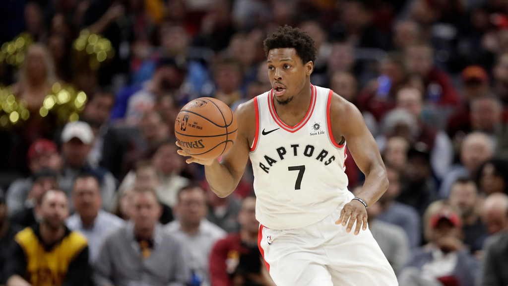 . Toronto Raptors\' Kyle Lowry drives against the Cleveland Cavaliers in the first half of an NBA basketball game, Wednesday, March 21, 2018, in Cleveland. (AP Photo/Tony Dejak)