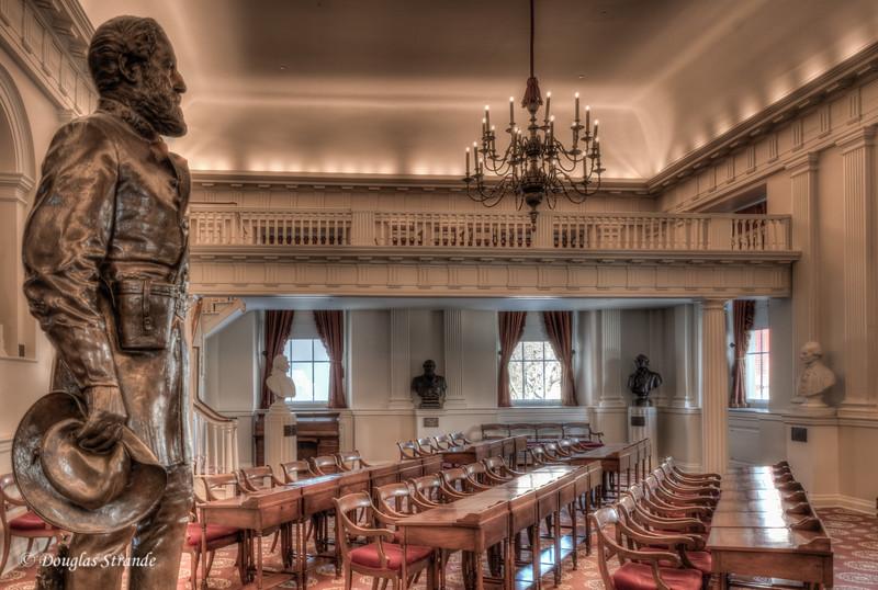 Robert E Lee looms over meeting room