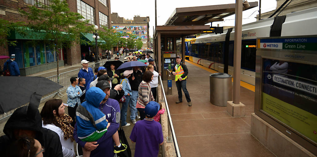 . Hundreds of people lined up at Union Station to ride the Green Line on opening day. (Pioneer Press: John Autey)