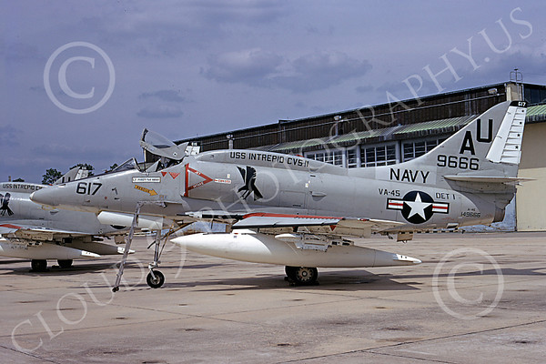 US Navy VA-45 BLACKBIRDS Military Airplane Pictures