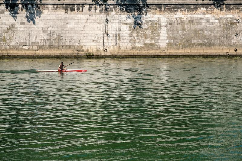 Kayaking in the Saône in Lyon