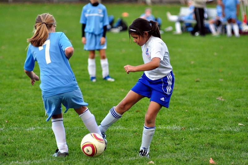 plainville u-11 girls soccer 10-17-10-023.jpg