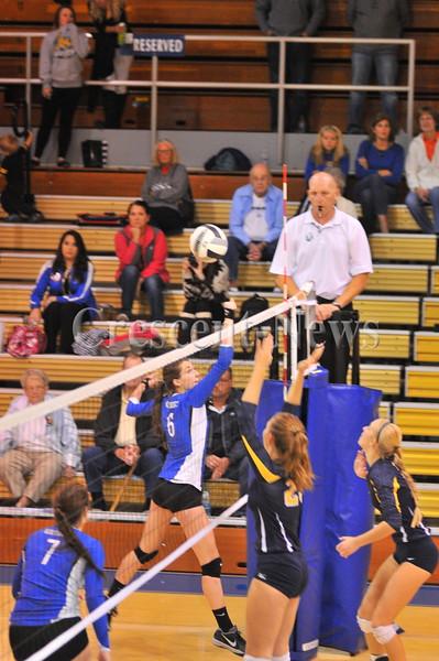 10-01-15 Sports O-G @ Defiance V-Ball