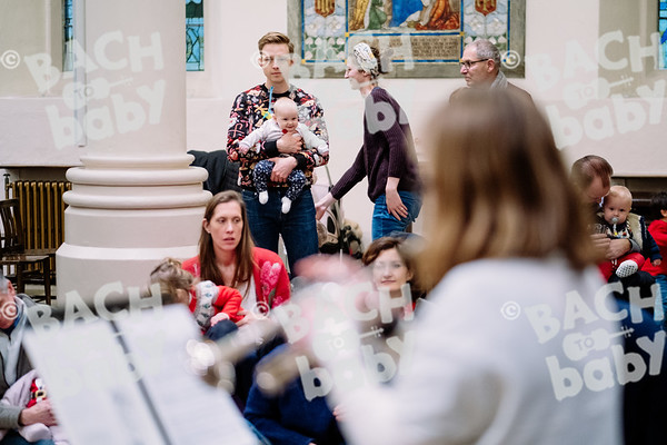 © Bach to Baby 2019_Alejandro Tamagno_Regent's Park_2019-12-13 005.jpg