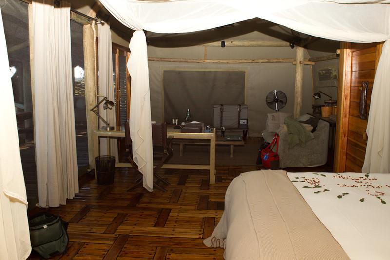Botswana-20110717-5750.jpg