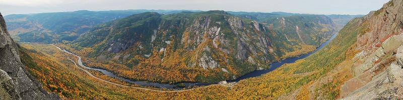 Premier sommet - Sentier de l'Acropole des Draveurs - Parc national des Hautes-Gorges de la rivière Malbaie
