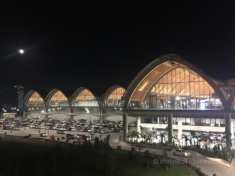 mactan-cebu-airport-philippines-2.jpg