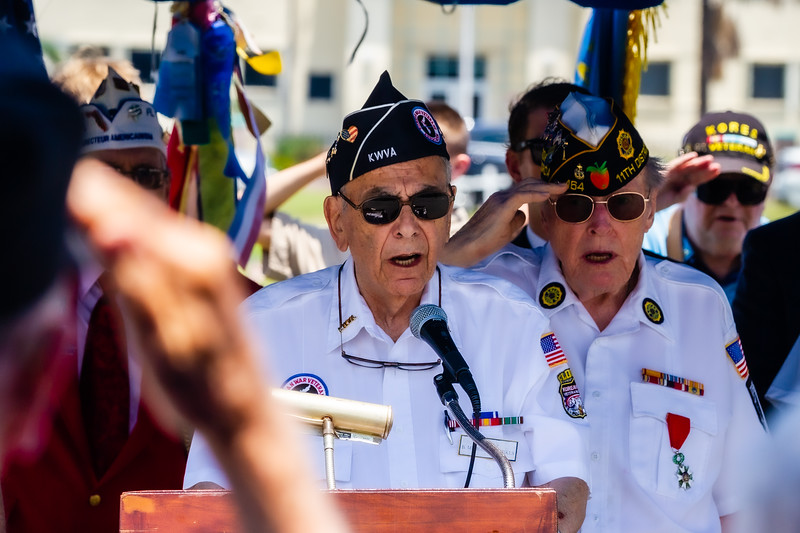 Michael Paschkes, 90, a Korean War Veteran, sings the National Anthem during the Memorial Day Observance at Boynton Beach Memorial Park on Sunday, May 26, 2019. Paschkes, served in US Army from 1951 - 1953. [JOSEPH FORZANO/palmbeachpost.com]