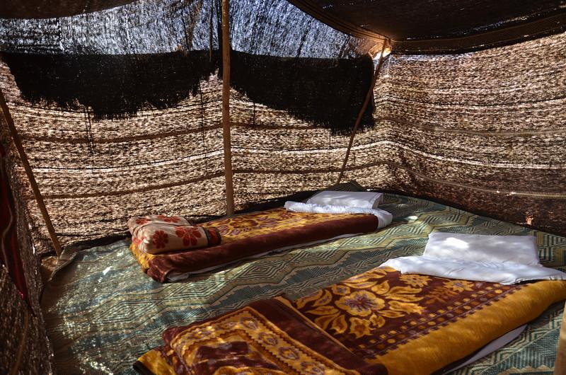 DSC_9533-bedouin-tent-beds.JPG