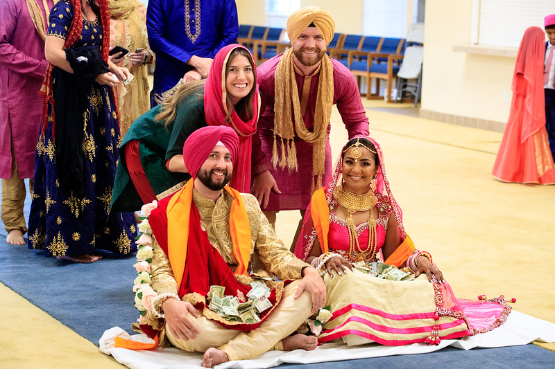 Neelam_and_Matt_Gurdwara_Wedding-1532.jpg