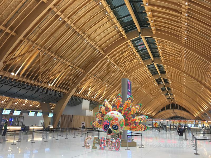 mactan-cebu-airport-philippines-4.jpg