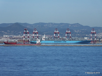 MAERSK KIMI & VEERSEDIJK Barcelona 6 Apr 2014