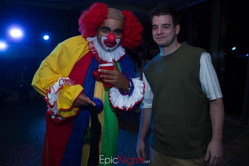 103013 Halloween Suite Party-6724.jpg