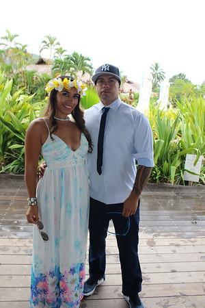 Mr & Mrs Manuel