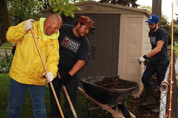 04-29-17 NEWS Eastside Neighnorhood Cleanup