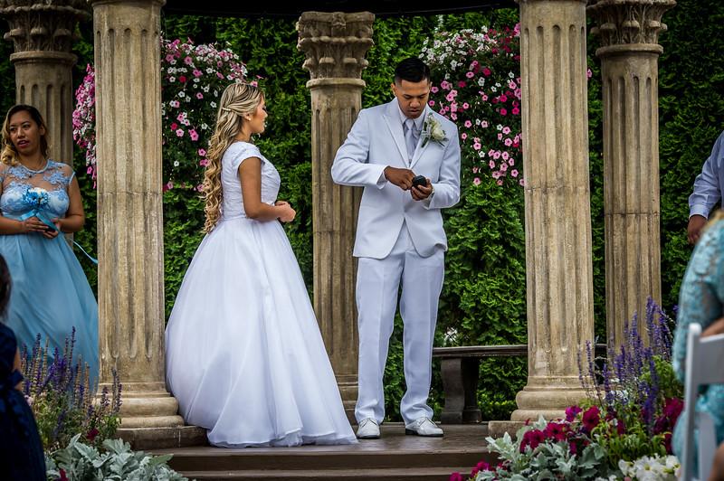 Vanessa Farmer wedding day-205.jpg