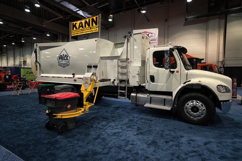 Freightliner Kann Curbmaster Automated Side Loader